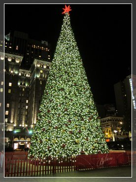A Christmas Lights, Etc artificial tree, like this one in San Francisco, will be used by Macy's.