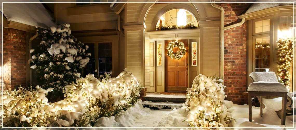 Use Pre-Lit Wreaths for Doors