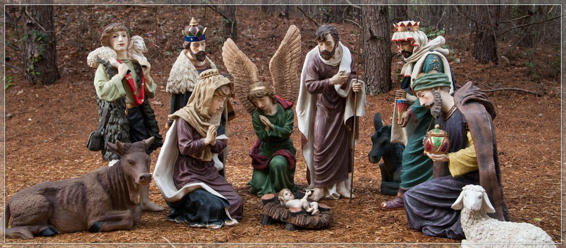 Decorate with an Outdoor Nativity