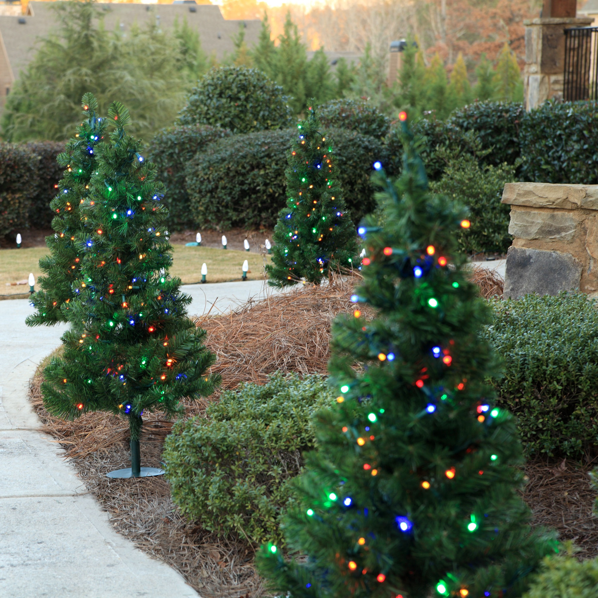 Outdoor decorations 2 39 walkway pre lit winchester fir for Decorating outdoor trees