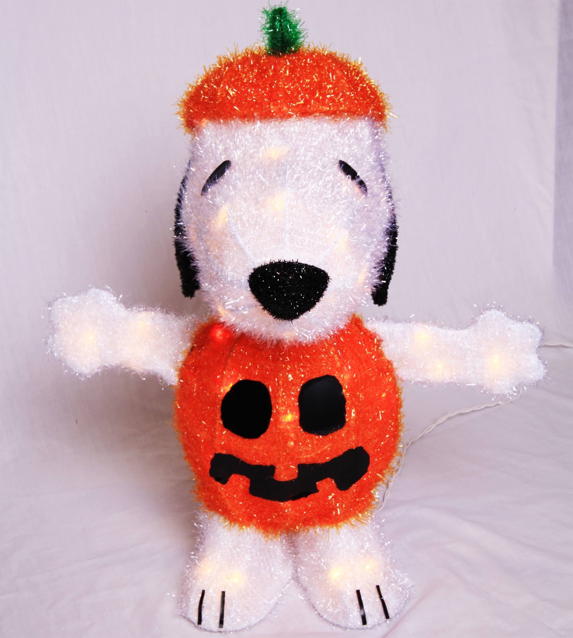 Halloween Decorations - Light Up Snoopy in Pumpkin Costume Yard Art