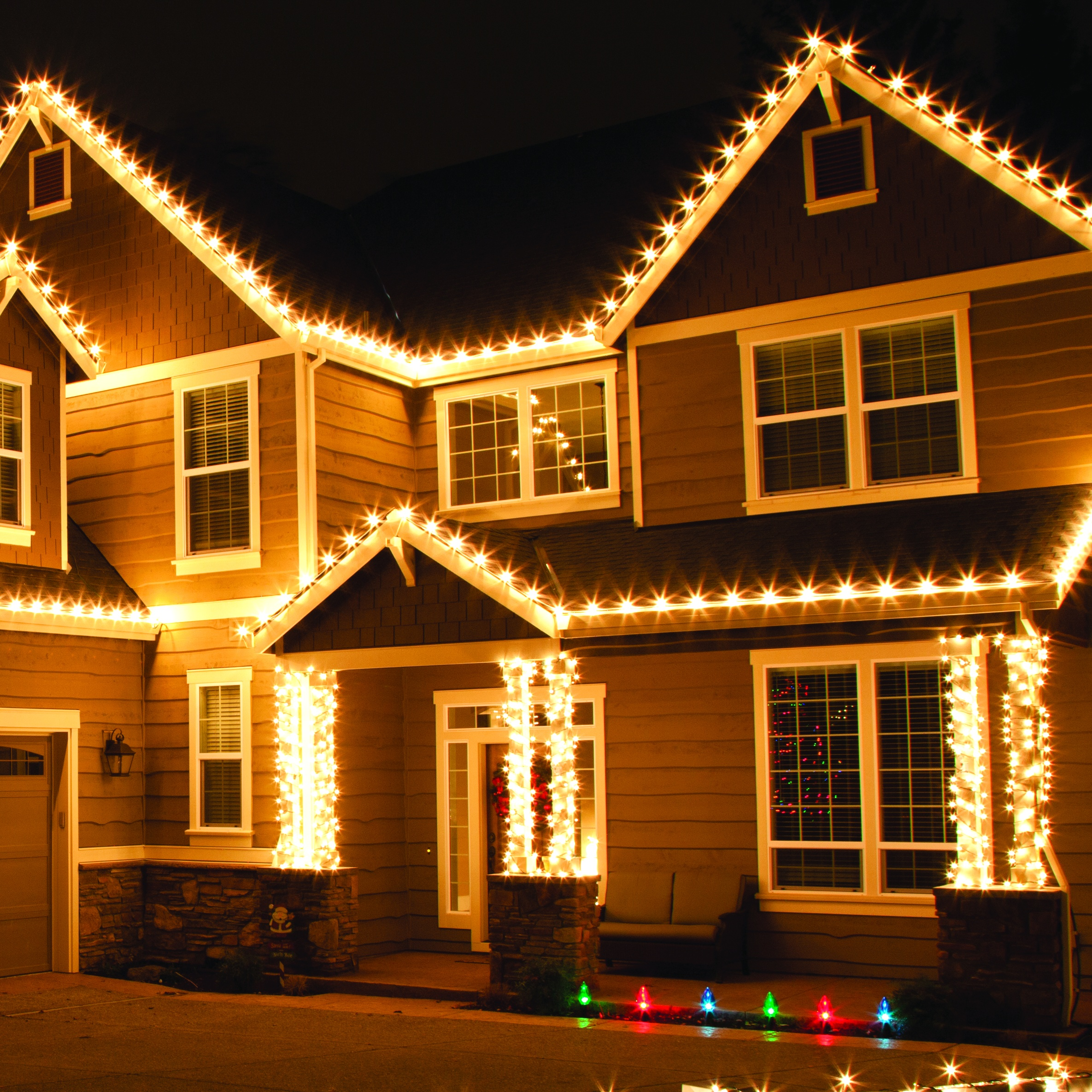 Outdoor christmas lights for Sidewalk christmas lights