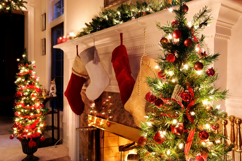 Indoor christmas decorating ideas for American christmas decorations